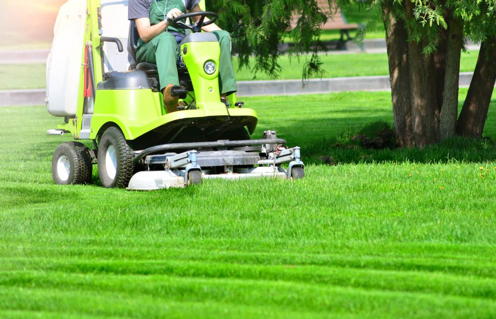 Lawn Mowing Contractor Insurance